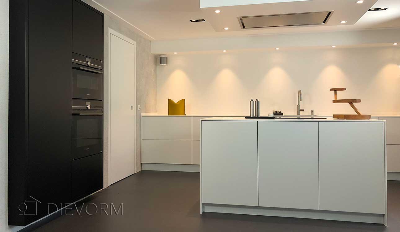 designkeuken zwart wit interieurbouw