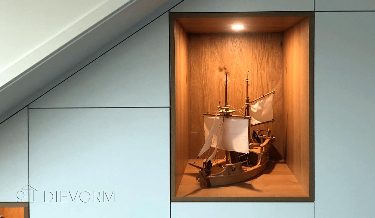 kastenwand-op maat-schuindak-Arnhem-modern-detail