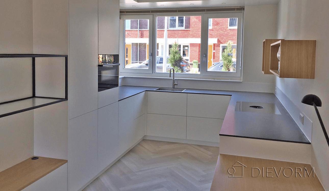 keuken-amsterdam-strak-design-modern-eikenhout